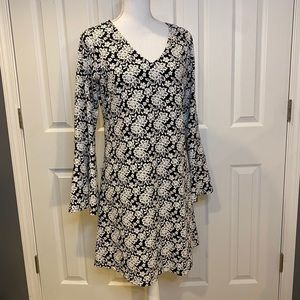 Signature by Robbie Bee Floral Dress Bell Sleeves